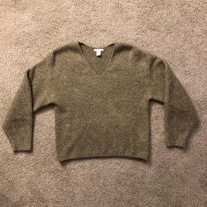 H&M chunky knit v neck sweater